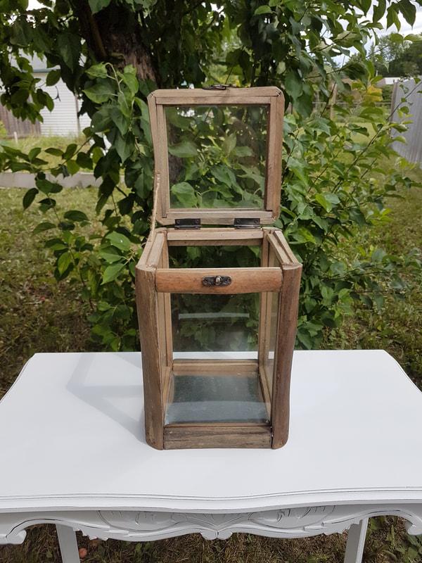 Rustic Cardbox